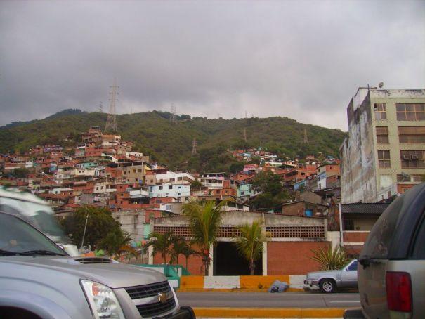 Barrio am Straßenrand