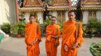 Drei Mönche