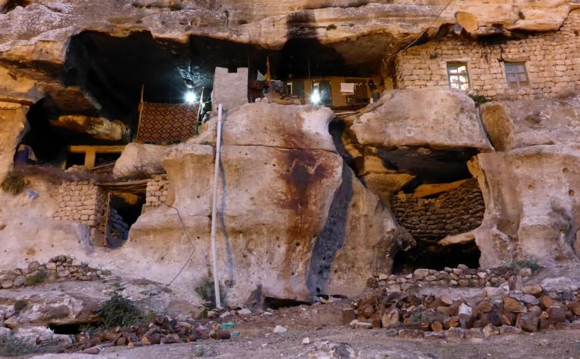 Hasankeyf – Abgründe und Höhlenwohnung
