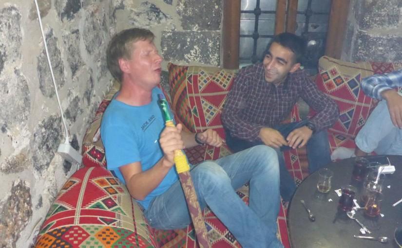 Diyarbakir – Roland Kaiser mit kurdischen Jungs