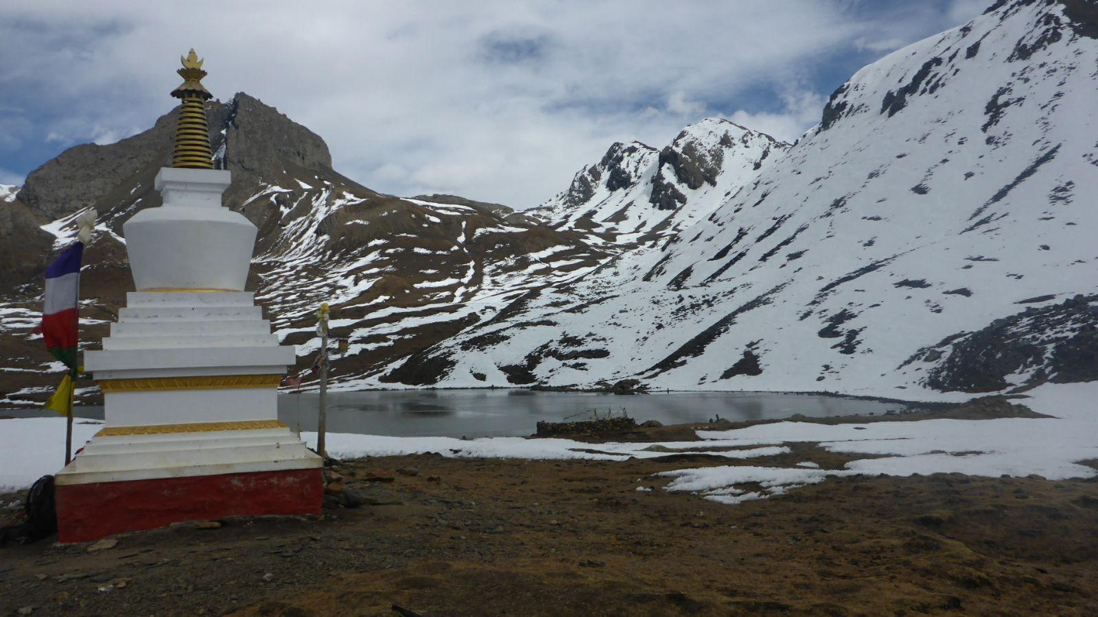 Stupa auf 4600 Metern Höhe