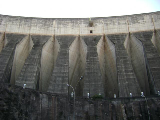 Das zweitgrößte Wasserkraftwerk der Welt
