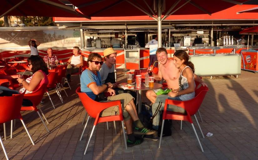 El Arenal – Erst die Arbeit, dann der Ballermann